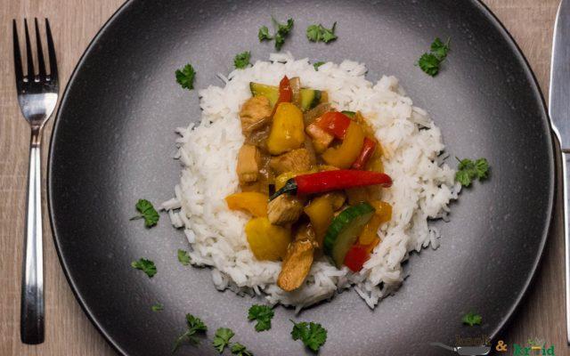 zoete kip met mango en witte rijst